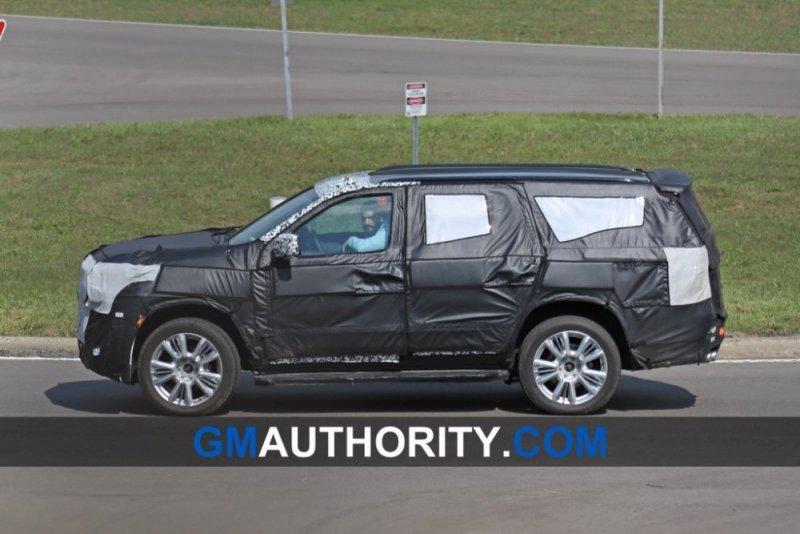 2020-Chevrolet-Tahoe-Spy-Shots-Exterior-September-2018-007-1024x683.jpg